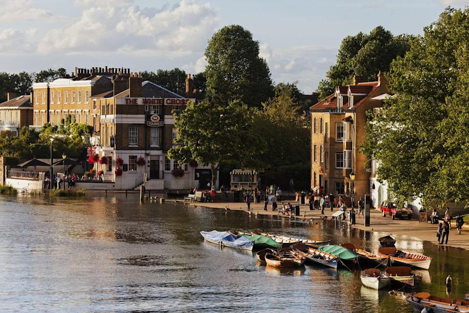 <p>A summer day out in Richmond wouldn't be complete without a lazy paddle down the Thames on your own boat, with rowing boats available to hire by the hour – or for longer if you're feeling adventurous.</p><p>You'll be rewarded by absolutely stunning scenery and the chance to soak up all the atmosphere of this unique part of London, with parkland all around and the magnificent sight of Ham House in the distance.</p>