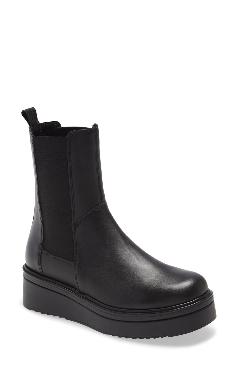 """<p><strong>Steve Madden</strong></p><p>nordstrom.com</p><p><strong>$90.30</strong></p><p><a href=""""https://go.redirectingat.com?id=74968X1596630&url=https%3A%2F%2Fwww.nordstrom.com%2Fs%2Fsteve-madden-clarisa-platform-chelsea-boot-women%2F6559067&sref=https%3A%2F%2Fwww.elle.com%2Ffashion%2Fshopping%2Fg37873182%2Fnordstrom-fall-clothing-sale%2F"""" rel=""""nofollow noopener"""" target=""""_blank"""" data-ylk=""""slk:Shop Now"""" class=""""link rapid-noclick-resp"""">Shop Now</a></p><p>Here lies a pair of boots that will go with everything.</p>"""