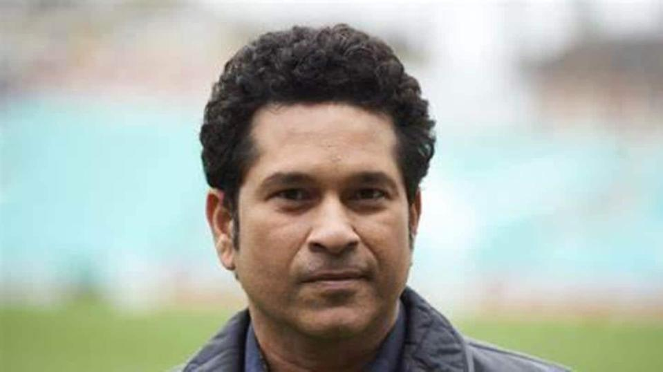 Sachin Tendulkar hospitalized a week after testing COVID-19 positive