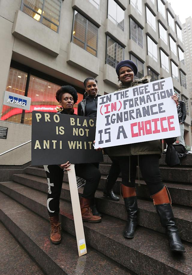 Sorry, Russia! The anti-Beyoncé rally outside the NFL headquarters in New York City on Feb. 16, 2016, was really a show of support for the singer and the Black Lives Matter movement. (Photo: Jemal Countess/Getty Images)