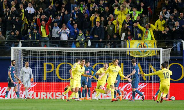 Soccer Football - La Liga Santander - Villarreal vs Atletico Madrid - Estadio de la Ceramica, Villarreal, Spain - March 18, 2018 Villarreal's Enes Unal celebrates scoring their first goal REUTERS/Heino Kalis