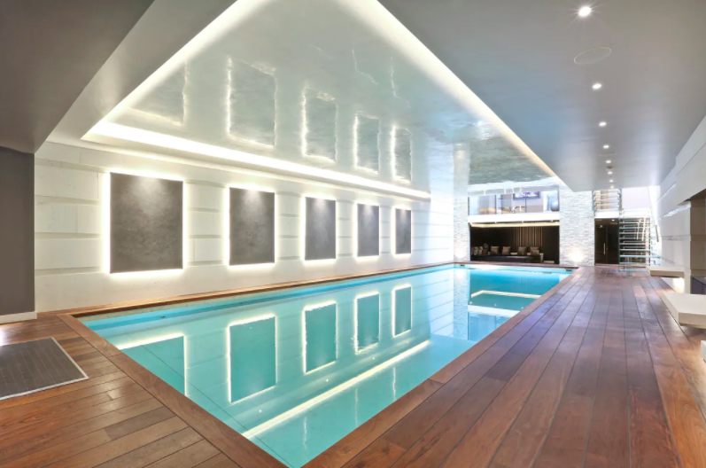 One of the largest indoor pools in Mayfair. Photo: Knight Frank