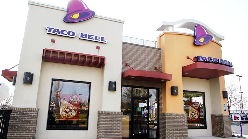 Man Rides a Horse to Taco Bell, Chaos Ensues