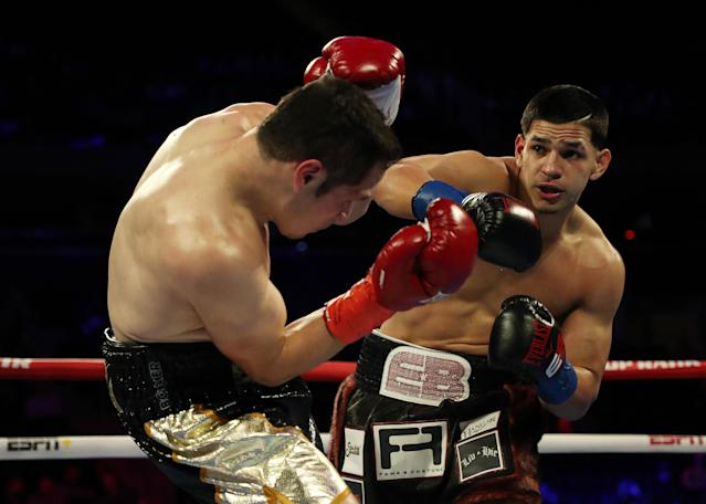 Power-punching super middleweight Edwin Berglanga (R) has a chance to be a superstar, Top Rank matchmaker Brad Goodman believes, if he continues to develop. (Photo by Al Bello/Getty Images)
