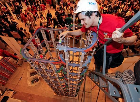 Tallest toy train track: TOMY International achieved the title by constructing a 17 foot, 4 inch tower of Chuggington StackTrack at Grand Central Terminal in NYC on Saturday. The tower featured nearly 1,000 Chuggington StackTrack pieces with more than 140 spiraling turns, and took more than 5 hours to construct.