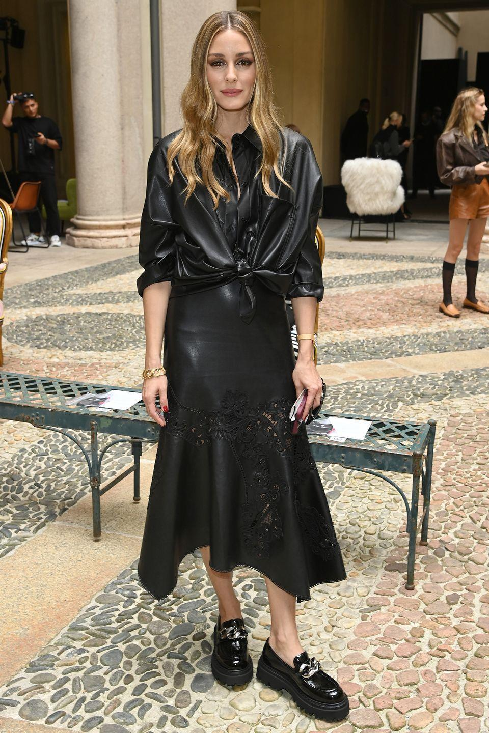 <p><strong>25 September </strong></p><p>Olivia Palermo also chose a timeless black leather look for the Ermanno Scervino show. </p>