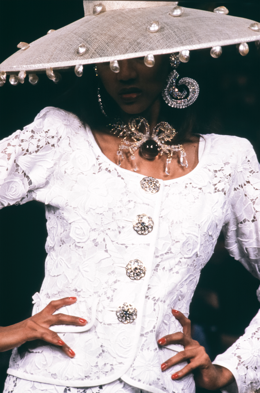 <p>Tyra Banks dazzled at the late designer's Haute Couture show in 1992.</p>