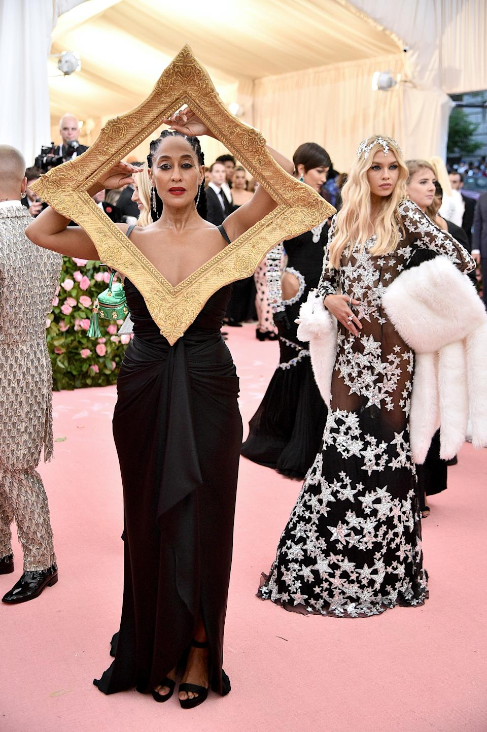 """<h1 class=""""title"""">Tracee Ellis Ross in Moschino by Jeremy Scott and Jimmy Choo shoes wearing Tiffany & Co. jewelry</h1><cite class=""""credit"""">Photo: Getty Images</cite>"""