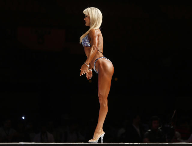 Nicole Wilkins of the U.S. takes part in the 2012 Sheru classic bodybuilding competition in New Delhi October 6, 2012. Around 31 bodybuilders from across the world participated in the competition on Saturday. REUTERS/Mansi Thapliyal (INDIA - Tags: SPORT TPX IMAGES OF THE DAY)