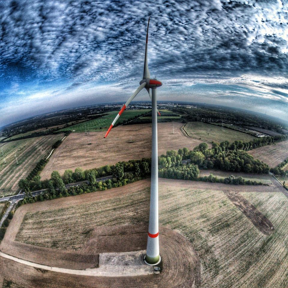 Wind power from approx. 120m height.