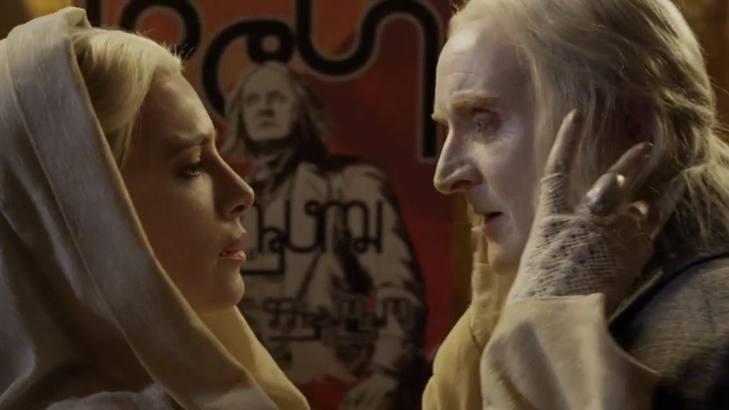 "Jaime Murray as Stahma Tarr and Tony Curran as Datak Tarr in the ""Defiance"" epsiode, ""Everything Is Broken."""