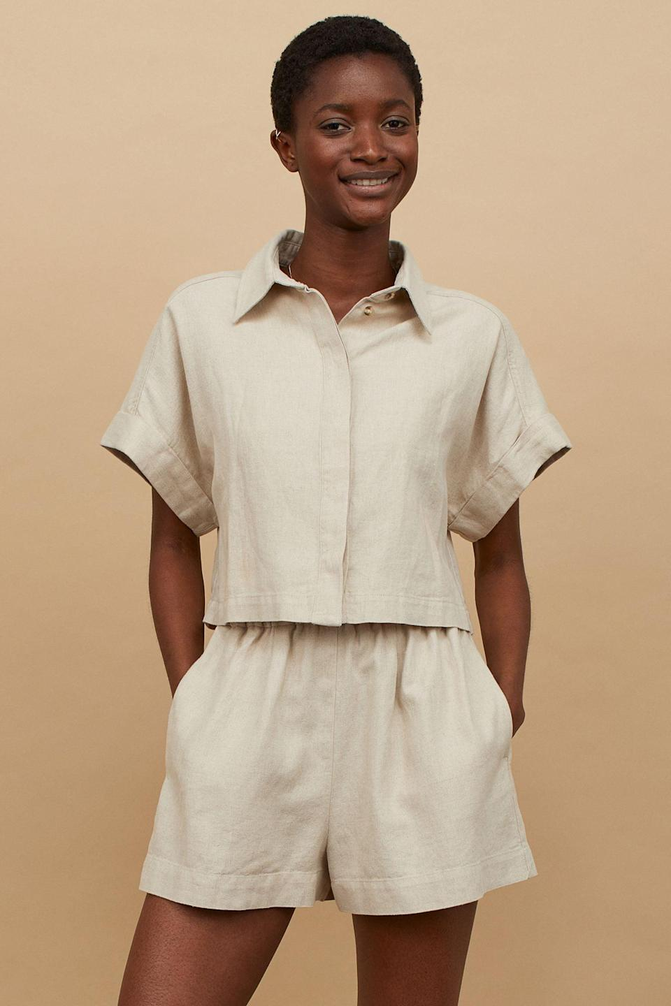 <p>This <span>Linen-blend Crop Shirt</span> ($35) is a failsafe choice for warm summer days. It gives the impression of being put-together, yet it's so simple and easy to wear.</p>