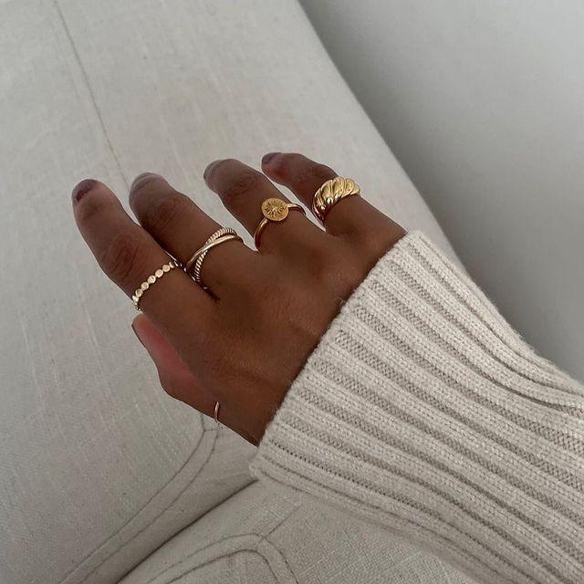 """<p>Mejuri has a huge cult following online—and for good reason. Their trendy jewelry is at once elegant <em>and</em> accessible. Yes, please!</p><p><br><a class=""""link rapid-noclick-resp"""" href=""""https://go.redirectingat.com?id=74968X1596630&url=https%3A%2F%2Fmejuri.com%2F&sref=https%3A%2F%2Fwww.redbookmag.com%2Ffashion%2Fg35089301%2Ftik-tok-clothing-brands%2F"""" rel=""""nofollow noopener"""" target=""""_blank"""" data-ylk=""""slk:SHOP NOW"""">SHOP NOW</a></p><p><a href=""""https://www.instagram.com/p/CIJ3TwHn5Nt/"""" rel=""""nofollow noopener"""" target=""""_blank"""" data-ylk=""""slk:See the original post on Instagram"""" class=""""link rapid-noclick-resp"""">See the original post on Instagram</a></p>"""