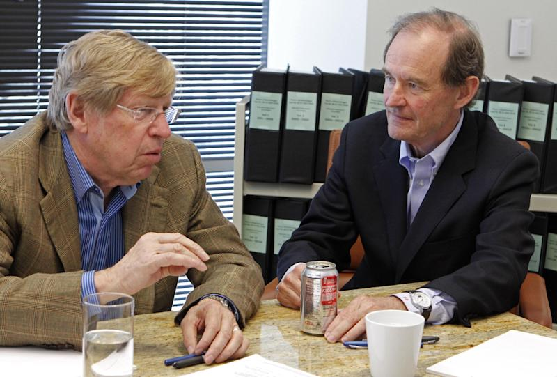 """FILE - In this June 15, 2010 file photo, from left, attorneys Ted Olson and David Boies speak in San Francisco. Judgment day is approaching in an epic battle between Argentina and New York billionaire Paul Singer, who has sent lawyers around the globe trying to force the South American country to pay its defaulted debts. Three U.S. appellate judges will hear oral arguments in New York on Wednesday, Feb. 27, 2013, in the case, NML Capital Ltd. v. Argentina. The case has shaken bond markets, worried bankers, lawyers and diplomats, captivated financial analysts and generated enough """"friend of the court"""" briefs to kill a small forest. (AP Photo/Ben Margot, File)"""