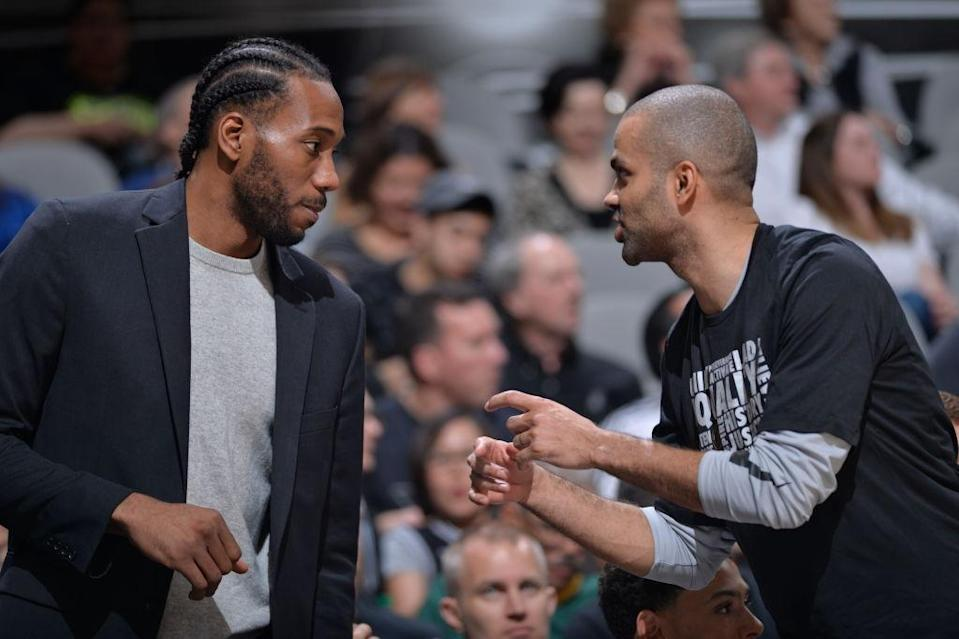 San Antonio Spurs forward Kawhi Leonard (left) could be back this month. For good. (Getty Images)