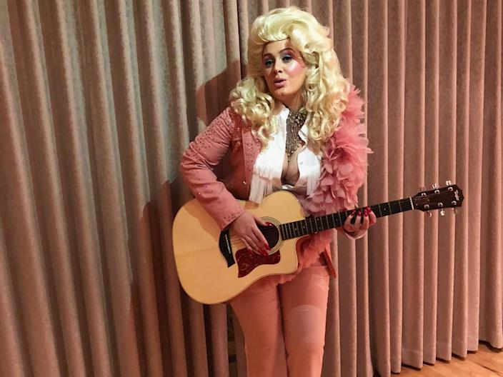 Adele in her Dolly Parton look.