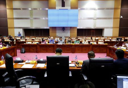 Facebook's Asia Pacific vice-president public policy Simon Milner, and Facebook's head of public policy in Indonesia Ruben Hattari, are seen at a public hearing and meeting at the Indonesian parliament on issues ranging from data protection to the oversight of content by the social media giant in Jakarta, Indonesia, April 17, 2018. REUTERS/Willy Kurniawan