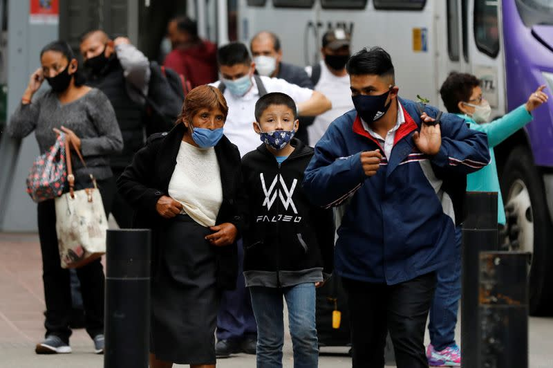 Mexico surpasses 700,000 confirmed COVID-19 cases, actual toll unknown