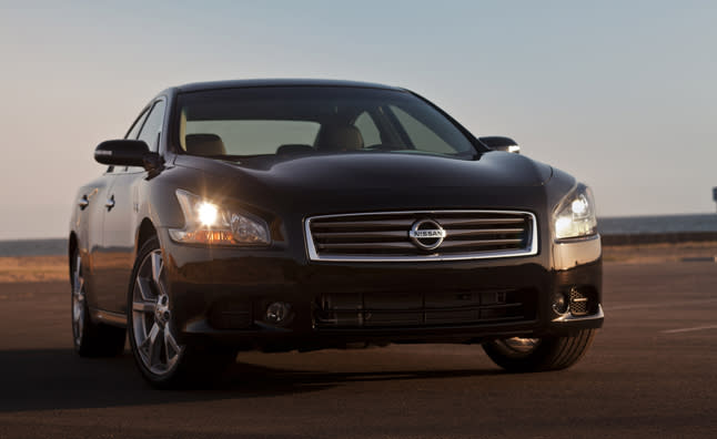 "<p style=""text-align:right;"">  <b><a href=""https://ca.autos.yahoo.com/nissan/maxima/2013/"" target=""_blank"">2013 Nissan Maxima 4dr Sdn CVT 3.5 SV</a></b><br>  <b>TOTAL SAVINGS $4,119</b><br>  <a href=""https://www.unhaggle.com/yahoo/"" target=""_blank""><img src=""https://www.unhaggle.com/static/uploads/logo.png""></a>  <a href=""https://www.unhaggle.com/dealer-cost/report/form/?year=2013&make=Nissan&model=Maxima&style_id=354755"" target=""_blank""><img src=""https://www.unhaggle.com/static/uploads/getthisdeal.png""></a><br>  </p>  <div style=""text-align:right;"">  <br><b>Manufacturer Suggested Retail Price</b>:  <b>$37,880</b>  <br><br><a href=""https://www.unhaggle.com/Nissan/Maxima/2013/Incentives/"" target=""_blank"">Nissan Canada Incentive</a>*: $2,000  <br>Unhaggle Savings: $2,119  <br><b>Total Savings: $4,119</b>  <br><br>Mandatory Fees (Freight, Govt. Fees): $1,855  <br><b>Total Before Tax: $35,616</b>  </div>  <br><br><p style=""font-size:85%;color:#777;"">  * Manufacturer incentive displayed is for cash purchases and may differ if leasing or financing. For more information on purchasing any of these vehicles or others, please visit <a href=""http://www.unhaggle.com"" target=""_blank"">Unhaggle.com</a>. While data is accurate at time of publication, pricing and incentives may be updated or discontinued by individual dealers or manufacturers at any time. Vehicle availability is also subject to change based on market conditions. Unhaggle Savings is a proprietary estimate of expected discount in addition to manufacturer incentive based on actual savings by Unhaggle customers  </p>"