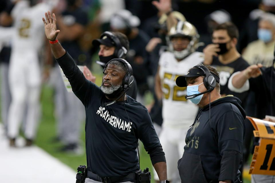 New Orleans Saints assistant coach Aaron Glenn gestures to players in the second half against the Minnesota Vikings on Dec. 25, 2020 in New Orleans.