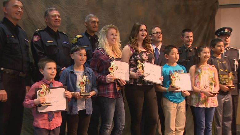 Kids who called 911 honoured at Calgary awards ceremony