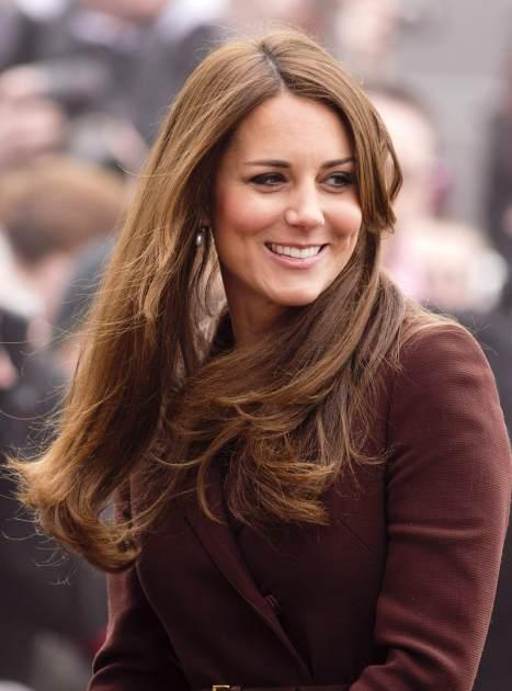 Kate Middleton pregnant glowy skin ENGLAND 2013 -- Getty Images