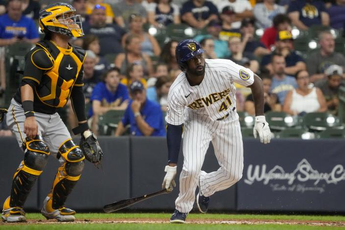 Milwaukee Brewers' Jackie Bradley Jr. hits an RBI single during the second inning of a baseball game against the Pittsburgh Pirates Friday, June 11, 2021, in Milwaukee. (AP Photo/Morry Gash)