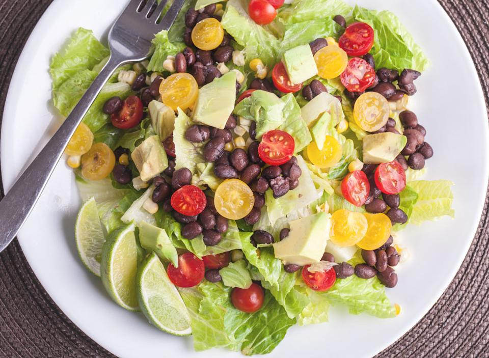 Salad with beans tomatoes