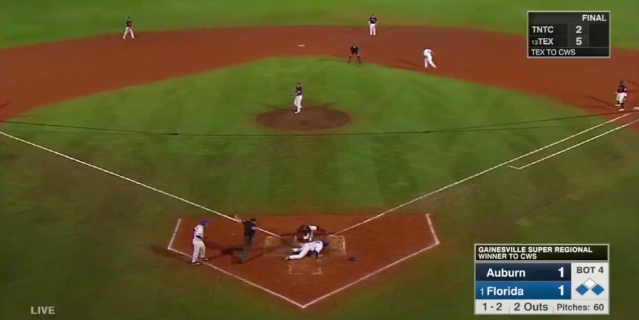 Florida pulled off a gutsy steal in a crucial moment against Auburn. (Screengrab via @NCAACWS on Twitter)