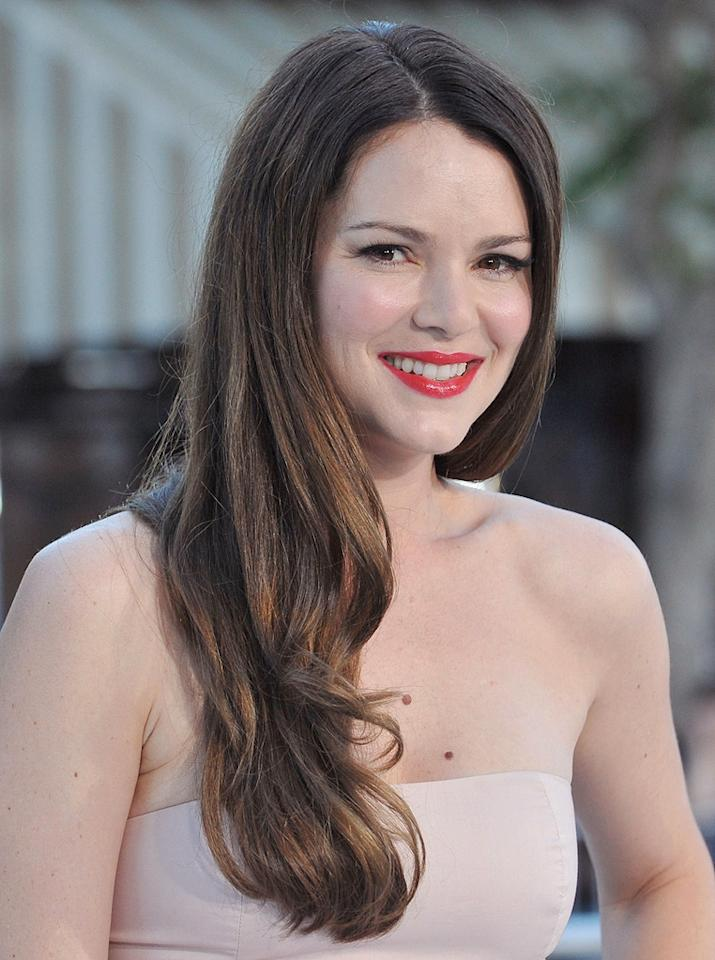 "<a href=""http://movies.yahoo.com/movie/contributor/1800317004"">Jacinda Barrett</a> at the Los Angeles premiere of <a href=""http://movies.yahoo.com/movie/1809839458/info"">Whiteout</a> - 09/09/2009"
