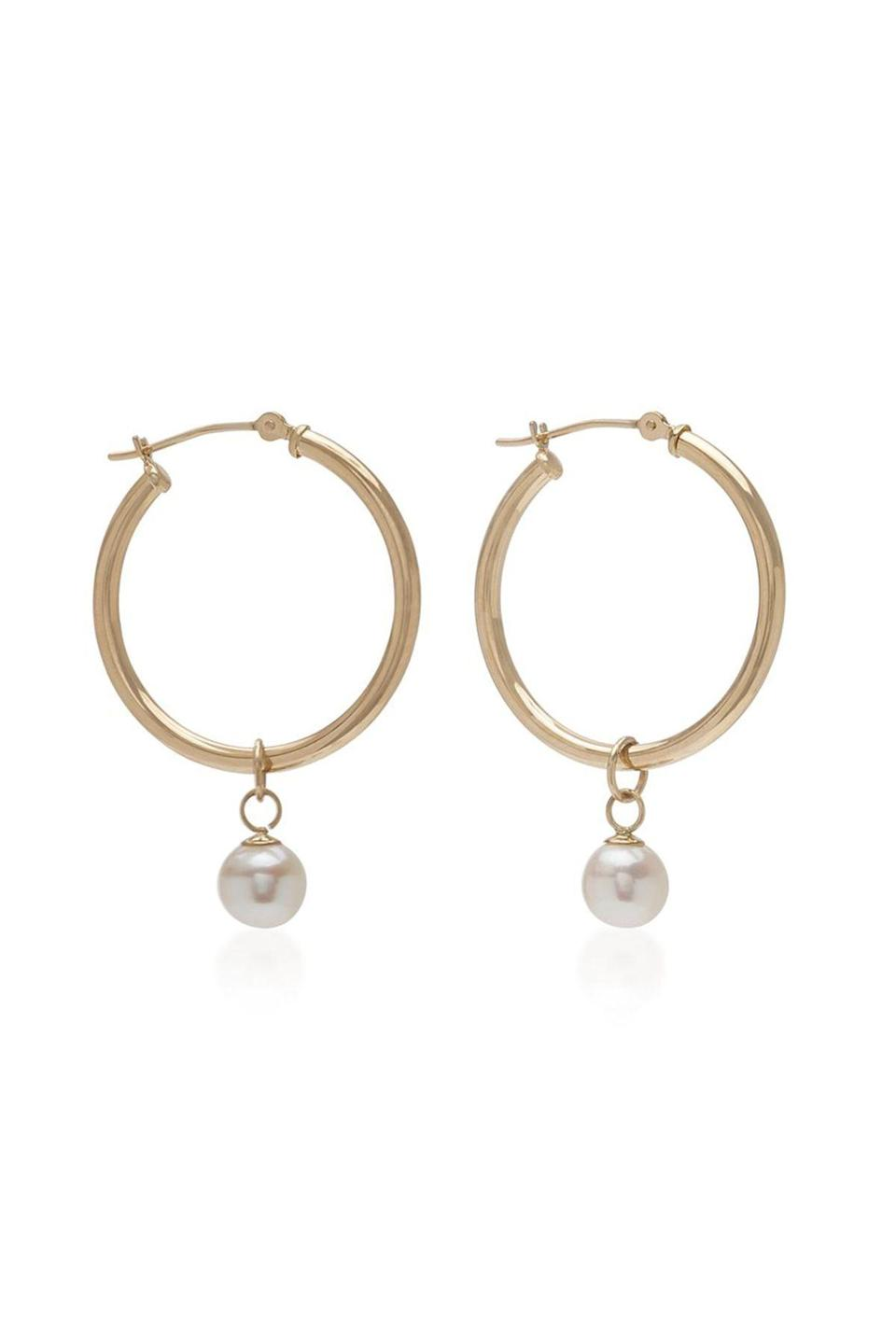 """<p><strong>Mateo</strong></p><p>modaoperandi.com</p><p><strong>$475.00</strong></p><p><a href=""""https://go.redirectingat.com?id=74968X1596630&url=https%3A%2F%2Fwww.modaoperandi.com%2Fmateo-fw19%2Fdetachable-pearl-hoop-25mm&sref=https%3A%2F%2Fwww.townandcountrymag.com%2Fstyle%2Fjewelry-and-watches%2Fg33469392%2Fthe-weekly-covet-july-31-2020%2F"""" rel=""""nofollow noopener"""" target=""""_blank"""" data-ylk=""""slk:Shop Now"""" class=""""link rapid-noclick-resp"""">Shop Now</a></p><p>Two earrings in one these hoops from Mateo allow you to wear with or without the pearl drops. </p>"""