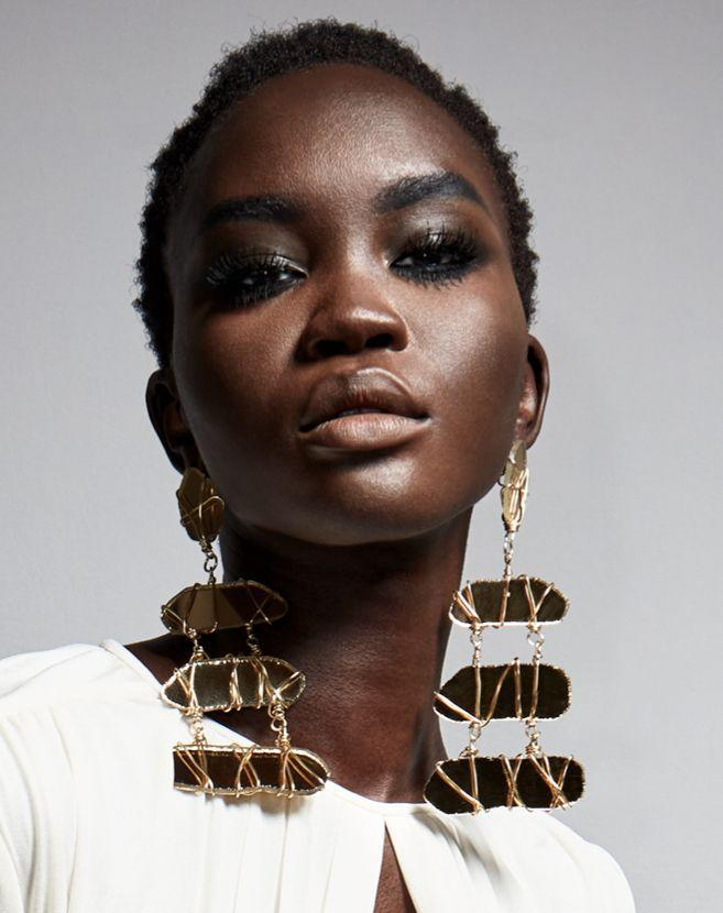<p>Make others take a second look in these showstopping styles. This style from Tom Ford is made from a mix of mirrors, gold, and broken glass.<em><br></em></p><p><em>Tom Ford</em></p>