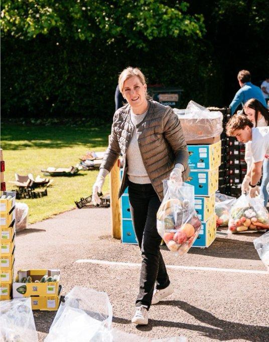 She spent the day packing bags in Chertsey. (Sarah Legge Photography)