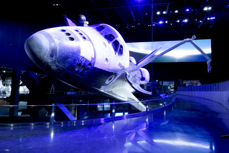 Space shuttle Atlantis 'go' for public viewing