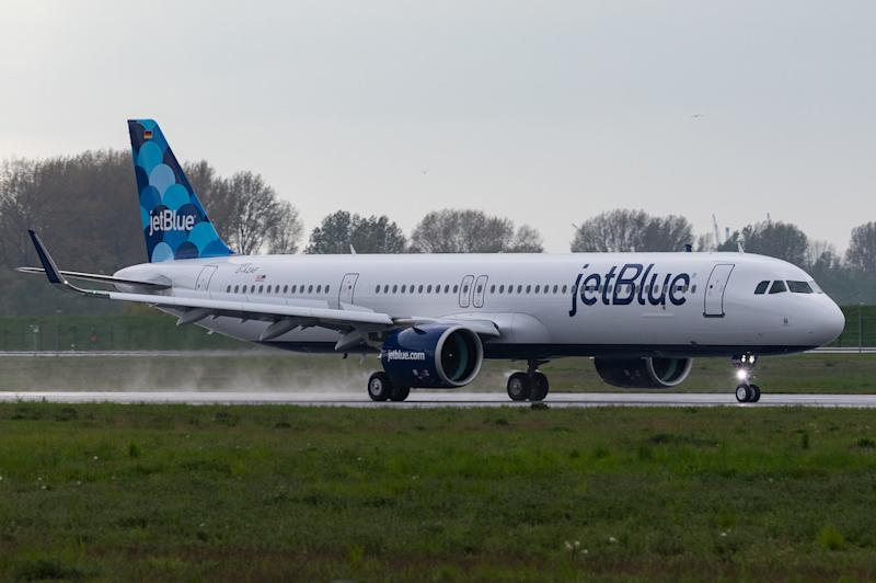 Undersized JetBlue Wants to Leverage This Crisis to Grow at Big Airports