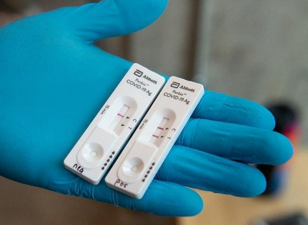 An Abbott Laboratories Panbio COVID-19 Rapid Test device is displayed at a pop-up COVID-19 testing site on the Dalhousie University campus in Halifax on Wednesday, Nov. 23, 2020. (Andrew Vaughan/The Canadian Press - image credit)