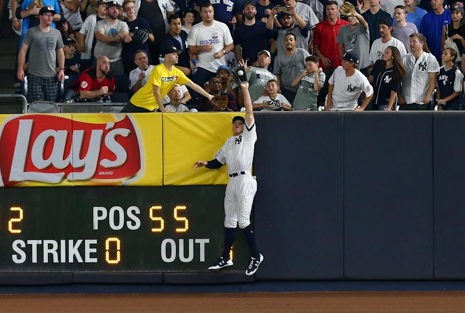 Aaron Judge made a great catch in Game 3 of the ALDS. (Getty Images)