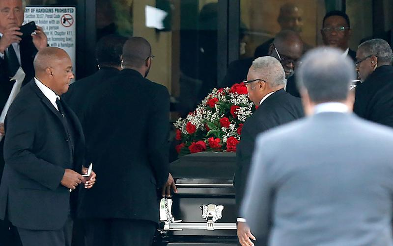 The casket carrying Botham Shem Jean arrived at the Greenville Avenue Church of Christ in Richardson, Texas on Thursday. (Photo: Stewart F. House via Getty Images)