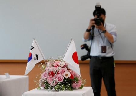 Foreign ministers of China, Japan, South Korea to hold talks amid trade, history tensions