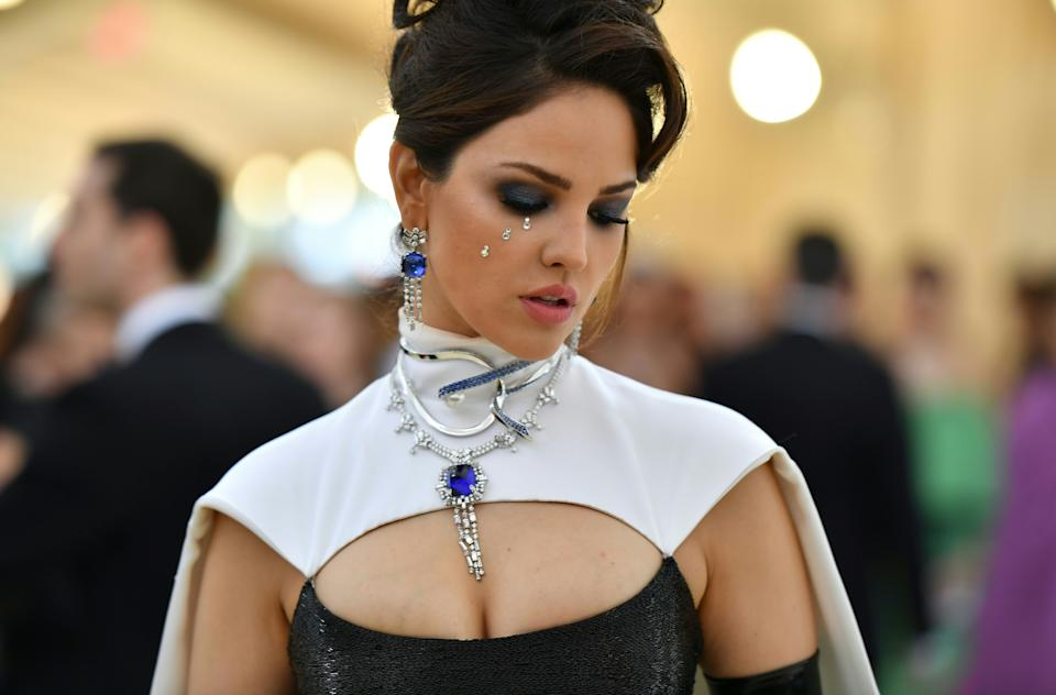 Eiza Gonzalez arrives for the 2018 Met Gala on May 7, 2018, at the Metropolitan Museum of Art in New York. - The Gala raises money for the Metropolitan Museum of Arts Costume Institute. The Gala's 2018 theme is Heavenly Bodies: Fashion and the Catholic Imagination. (Photo by Angela WEISS / AFP)        (Photo credit should read ANGELA WEISS/AFP via Getty Images)