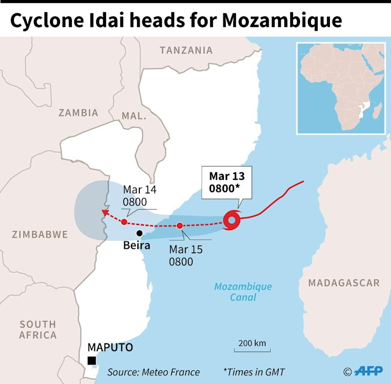 Cyclone Idai heads for Mozambique