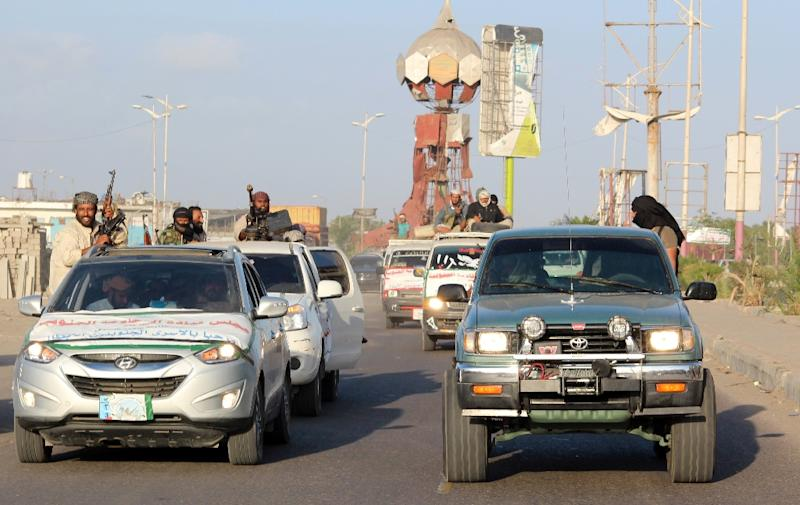 Yemeni pro-government forces celebrate the return of fighters in Lahj governorate (AFP Photo/Saleh al-Obeidi)