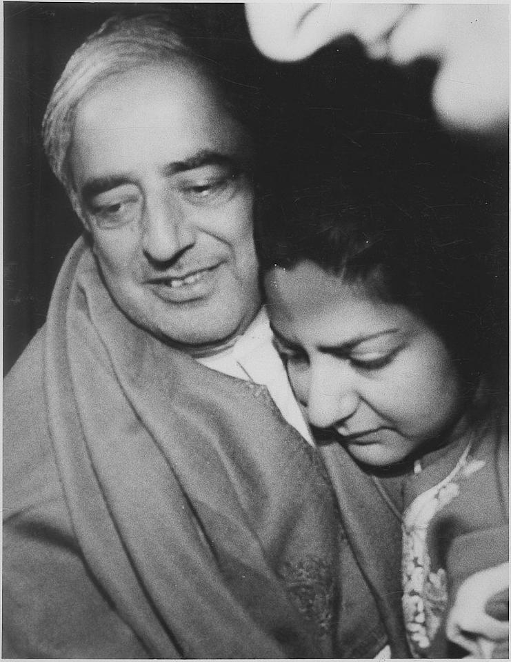 <p>Rubaiya Sayeed, daughter of Mufti Mohammad Sayeed then the Home minister of India in the V. P. Singh regime was kidnapped by members of the Jammu Kashmir Liberation Front on 8 December 1989 in Jammu and Kashmir. The kidnappers demanded the release of five of their terrorists in exchange for Rubaiya's release. She was then a 23 and was working at Lal Ded Memorial Women's Hospital when she was abducted. The Chief Minister Farooq Abdullah did not want to capitulate. Photo – Getty </p>
