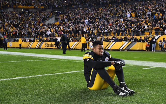 "<a class=""link rapid-noclick-resp"" href=""/nfl/players/30175/"" data-ylk=""slk:JuJu Smith-Schuster"">JuJu Smith-Schuster</a> is done with Pittsburgh's constant drama. (Joe Sargent/Getty Images)"