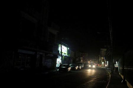 A general view shows a street after Puerto Rico Electric Power Authority (PREPA), the island's power company, said Wednesday that a major power line failure in southern Puerto Rico cut electricity to almost all customers, in San Juan, Puerto Rico April 18, 2018. REUTERS/Gabriel Lopez Albarran