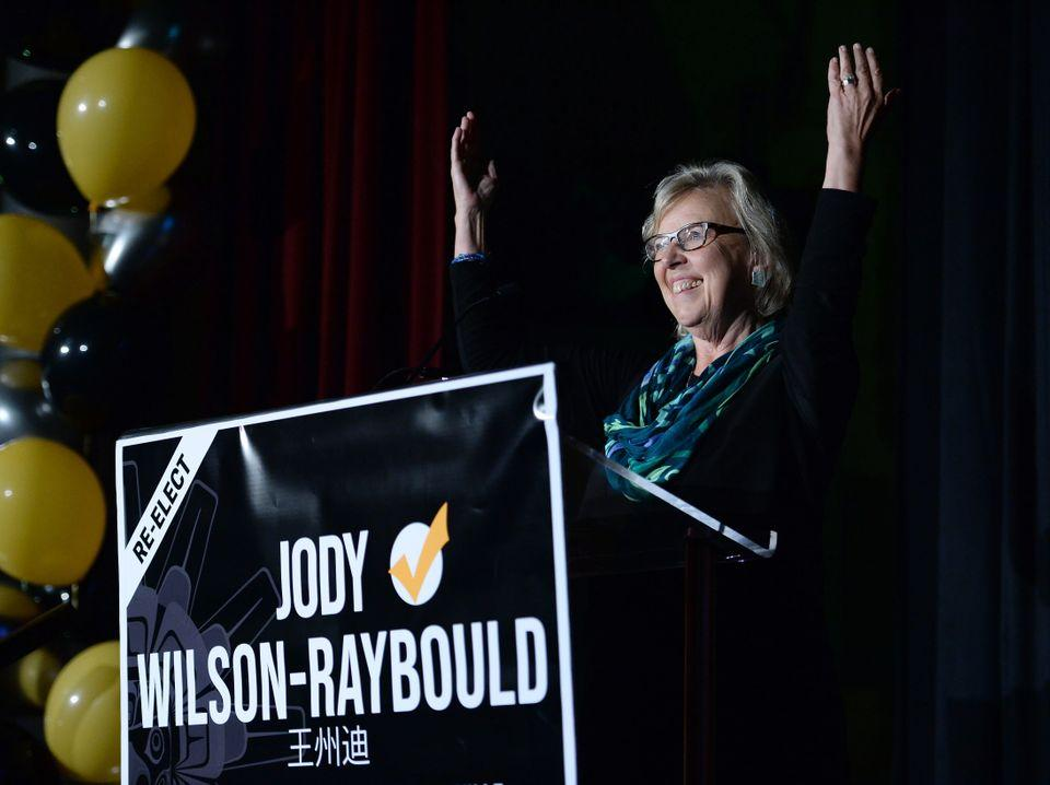 Green Party Leader Elizabeth May introduces independent candidate Jody Wilson-Raybould at a federal election campaign event in Vancouver on Sept. 18, 2019.
