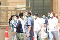 The late actor Irrfan Khan's wife Sutapa Devendra Sikdar and kids, Babil and Ayan were seen first at Kokilaben Dhirubhai Ambani Hospital in Mumbai and then at a cemetery in Yari Road, Mumbai.