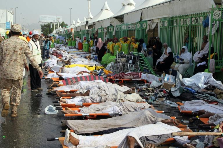 The bodies of victims from the hajj pilgrimage stampede are lined up in Mina, near the holy city of Mecca, on September 24, 2015