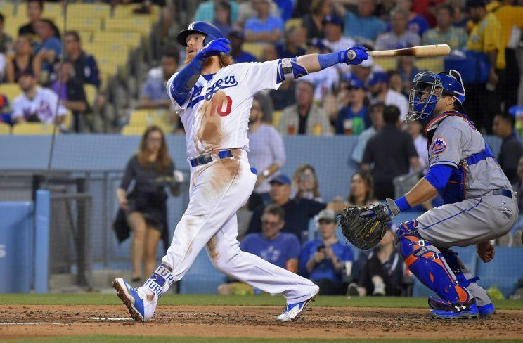 Justin Turner is slashing a ridiculous .382/.472/.557, and yet is not on the All-Star roster. (AP)