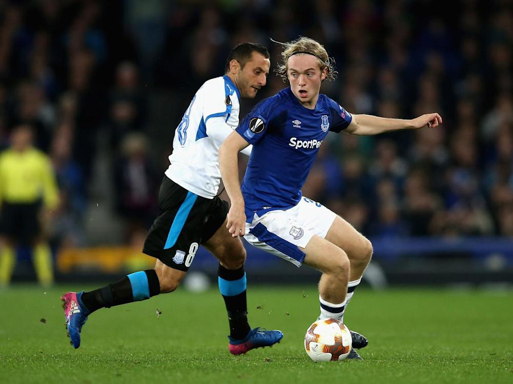 Tom Davies in action for Everton (Getty)